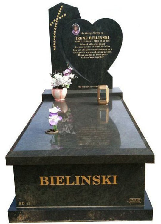Springvale Tropical Green Full Monument Bielinski Cemetery Memorial